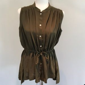 Banana Republic sleeveless cinched waist blouse